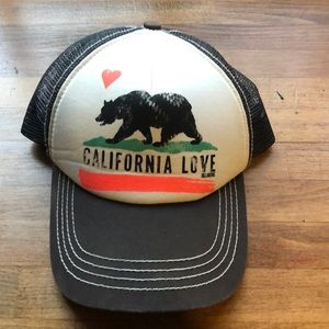 California love hat.